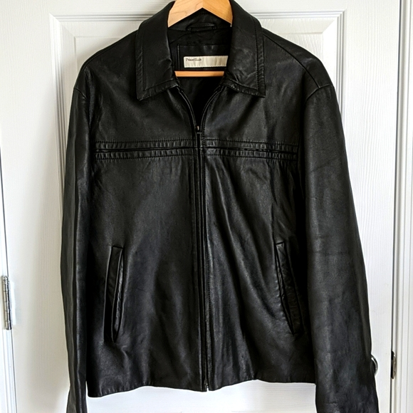 Perry Ellis Leather jacket size M